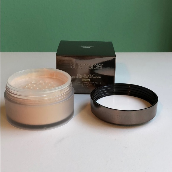 laura mercier Other - Translucent Loose Setting Powder Glow